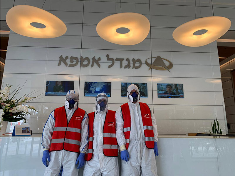 צוות בלפור בפעולת חיטוי נגד קורונה